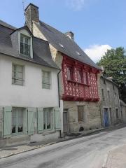 Immeuble - Français:   Maison inscrite sise 3 rue des Devins à Josselin (56).