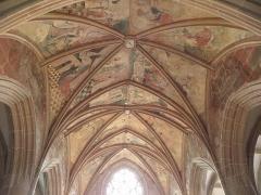 Eglise ou chapelle Notre-Dame - Voûtes du chœur de la chapelle Notre-Dame de Kernascléden (56), vues de la nef.