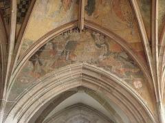 Eglise ou chapelle Notre-Dame - Le baiser de Judas et l'arrestation du Christ. Lunette nord de la 2de travée du chœur de la chapelle Notre-Dame de Kernascléden (56).