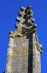 Eglise Saint-Théleau - Église Saint-Théleau (Landaul): pinacle nord de l'entrée