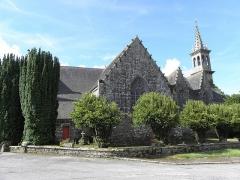 Eglise de la Trinité - Français:   Flanc nord de l\'église de la Trinité-Langonnet (59).