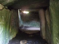 Tumulus avec dolmen du Mané-Nélud - Español: Túmulo de Mané-Lud