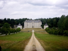 Château - This building is classé au titre des monuments historiques de la France. It is indexed in the base Mérimée, a database of architectural heritage maintained by the French Ministry of Culture,under the reference PA00091413 .
