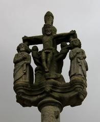 Eglise Saint-Cyr - Français:   Croix de l\'église Saint-Cyr