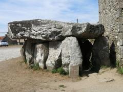 Dolmen de Crucuno - Français:   Dolmen de Crucuno situé sur la commune d\'Erdeven