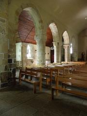 Eglise Saint-Beheau - Français:   Église Saint-Beheau de Priziac (56). Costale sud de la nef.