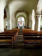 Eglise Saint-Beheau - Français:   Église Saint-Beheau de Priziac (56). Nef principale.