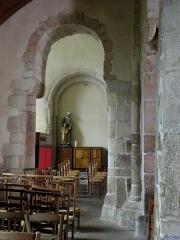 Eglise Saint-Beheau - Français:   Église Saint-Beheau de Priziac (56). Collatéral nord.