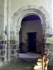 Eglise Saint-Beheau - Français:   Église Saint-Beheau de Priziac (56). Dernière arcade sud de la nef.