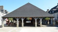 Vieilles halles - Français:   Halles en chêne de 1675 - Questembert (Morbihan)