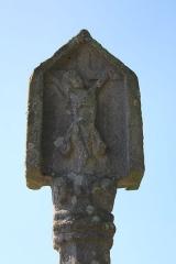 Croix du Point du Jour - Français:   Croix du Point du Jour à Saint-Allouestre, Morbihan, France. Face est, détail.