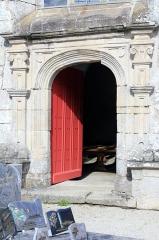Chapelle de Saint-Gobrien - Chapelle Saint-Gobrien de Saint-Servant: porte sud