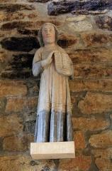 Chapelle de Saint-Gobrien - Chapelle Saint-Gobrien de Saint-Servant: statue dans le volume nord