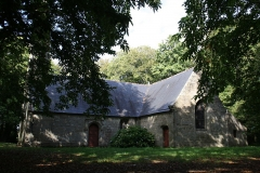 Chapelle Saint-Jean - This building is indexed in the Base Mérimée, a database of architectural heritage maintained by the French Ministry of Culture,under the reference PA00091737 .