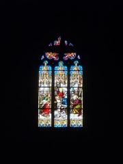 Eglise Saint-Pierre - Église Saint-Pierre de Sérent (Morbihan, France). Vitrail: sainte Famille et anges
