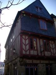 Maison dite de Vannes et sa femme - Français:   Maison de Vannes et sa femme à Vannes (Morbihan)