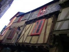 Maisons - Français:   Maisons au 25-27 rue Saint-Guenhaël à Vannes (Morbihan, France)
