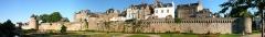 Anciens remparts - Français:   Remparts de Vannes, Tour Joliette (à droie) Tour Poudriere, (au centre) et tour du connétable (à gauche), Vannes, Pays de Vannes, Bretagne