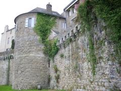 Anciens remparts - Remparts de Vannes (Morbihan, France): Tour Poudrière
