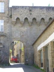 Anciens remparts - Français:   Porte Saint-Jean des remparts de Vannes (Morbihan, France)