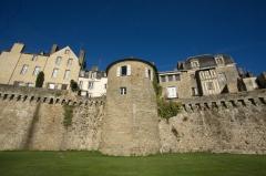 Anciens remparts - Remparts de Vannes   Tour Poudrière (classé)