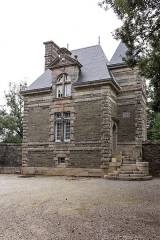 Château de la Grée de Callac (également sur commune d'Augan) - Français:   Château de la Grée de Callac: la porterie.