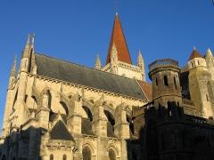 Eglise Notre-Dame -  L'église Notre-Dame d'Aigueperse dans le département du Puy-de-Dôme.