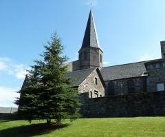 Eglise Saint-André - English:   Church Saint-André in Besse-et-Saint-Anastaise (Puy-de-Dôme, France) seen from south-west.