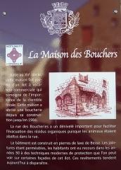 Maison des Boucheries - Français:   Panneau d\'informations historiques relatives à la  Maison des Boucheries, Rue de la Boucherie Place du Docteur Pipet