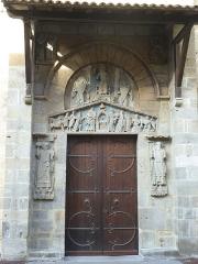 Eglise Notre-Dame-du-Port - English: Basilique Notre-Dame du Port in Clermont-Ferrand. South portal.
