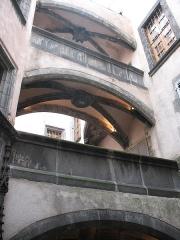 Hôtel Savaron - Français:   Hôtel Savaron, 3 rue des Chaussetiers à Clermont-Ferrand
