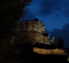 Ruines du château fort - Français:    Murol Puy-de-Dôme