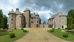 Château de Cordès - English: Castle of Cordès, Orcival, Auvergne, France.