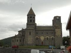Eglise Saint-Nectaire - Français:   Église de Saint-Nectaire, Saint-Nectaire, Puy-de-Dôme, France