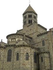 Eglise Saint-Nectaire - Français:   Pyramide, Église de Saint-Nectaire, Saint-Nectaire, Puy-de-Dôme, France
