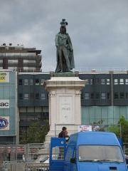 Statue de Desaix avec son socle - This building is inscrit au titre des monuments historiques de la France. It is indexed in the base Mérimée, a database of architectural heritage maintained by the French Ministry of Culture,under the reference PA00092549 .