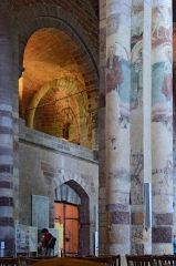Basilique Saint-Julien - Français:   Collatéral nord de la basilique de Brioude, Haute-Loire, France