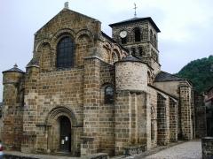 Eglise Saint-Gilles - English:   Chamalières-sur-Loire, l\'église, façade