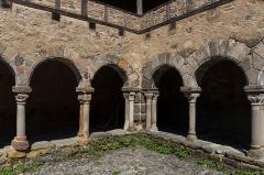 Ancienne abbaye Saint-André-de-Lavaudieu - Cloître de l'abbaye Saint-André de Lavaudieu.
