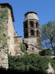 Eglise abbatiale - Français:   Extérieur de l\'abbatiale Saint-André de Lavaudieu (43).