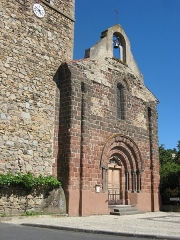 Eglise Sainte-Anne - Français:   Vieille-Brioude, église Sainte-Anne, façade