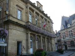 Hôtel de ville - English: Hotel de ville Moulins