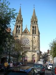 Eglise du Sacré-Coeur - English: Sacre Coeur church taken from the place de l'Allier