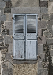 Maison - English: Window of the Saint Gerald abbey hospital  in Aurillac, Cantal, France