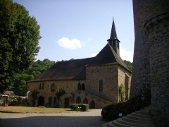 Château de Val et ses dépendances - Chapelle du château de Val à Lanobre (Cantal, France)