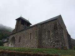 Eglise Saint-Martin - Français:   Vue de côté de l\'église de Saint-Matin-sous-Vigouroux