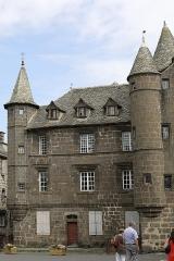 Maison Sevestre ou du Notaire (ancien bailliage) - Français:   Ancien bailliage, ou maison Sevestre, à Salers.