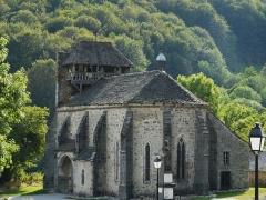 Eglise Saint-Martin - Français:   L\'église Saint-Martin, Trémouille, Cantal, France.