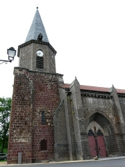 Eglise Notre-Dame-de-la-Nativité - Français:   L\'église de Villedieu, Cantal, France.