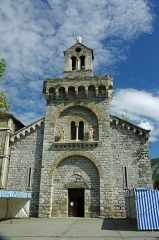 Chapelle Notre-Dame de Sabart - This building is indexed in the Base Mérimée, a database of architectural heritage maintained by the French Ministry of Culture, under the reference PA00093925 .
